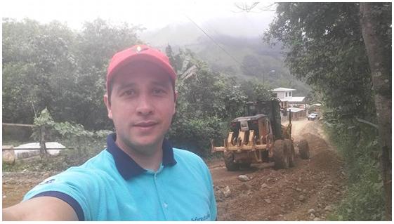 Continuamos con los trabajos en la vía al barrio Las Cabañas